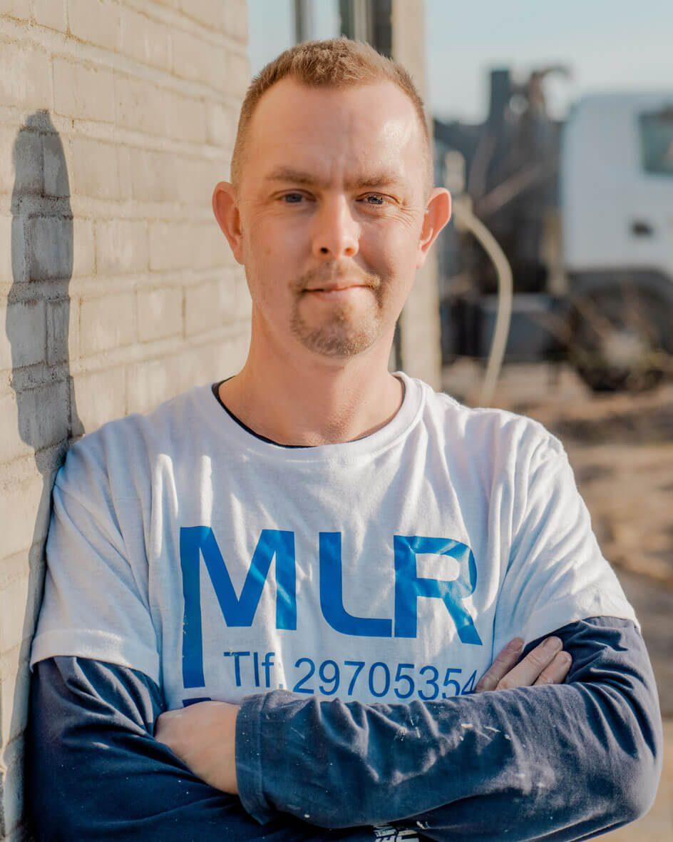 Malermester MLR portrætterer